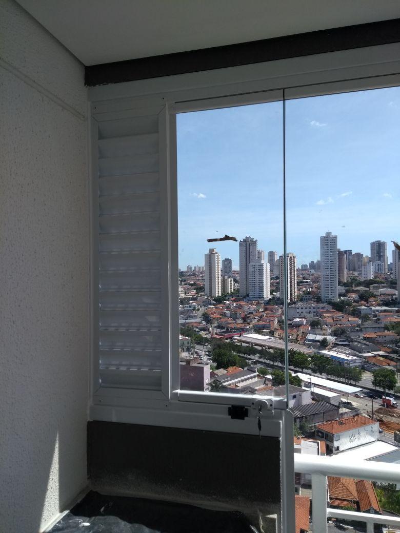 Obra Concluída- Sacada e Ventilação Permanente (Palheta) Cond. Class Anália Franco