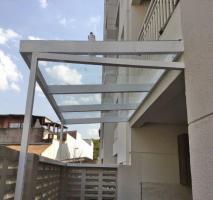 Cobertura de vidro automatizada