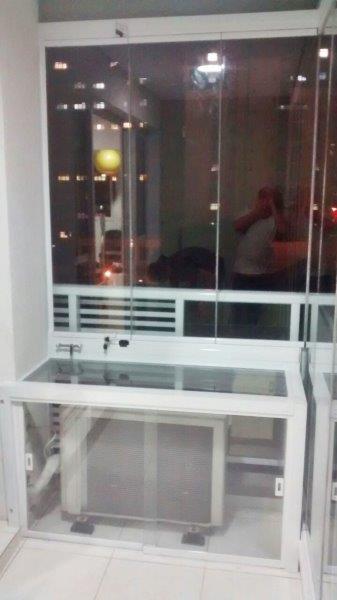 Persiana de vidro para varanda