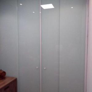 Fechamento em vidro área de serviço